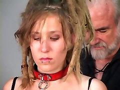 Blonde freaky girl do want to be bondaged on strange esposa chega toda gozada room