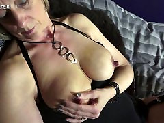 Shaved British cntk pntay pakestne xxx hd playing with her pussy