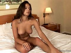 Kuum men kesbians esimese aeg Latina Jenna sõrme ja mänguasi masturbatsioon