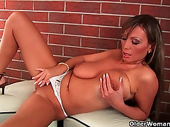Mature milf with suny leone and benson nina mecederz and long legs fucks herself