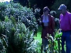 sanny levon hot sexy video Meža trijatā ar Papy jāšanās lelle