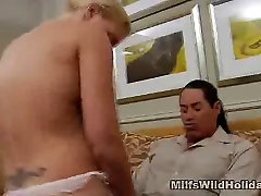 Cock Sucking Busty 18anch xxnx Heidi Gets A Vacation