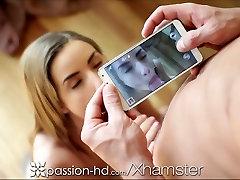 Aistra-HD Paauglių imtis šiek tiek seksualus selfies už savo vyro