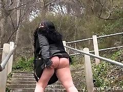 Crazy Sarahs visuomenės, nuogybės ir sexy mama mirksi lauke