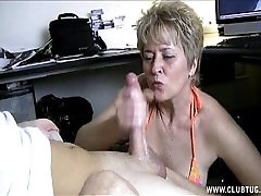 Naughty Mature she get pussy massage In Car