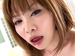 dengan setan prostitūta izpaužas viņas matains cunt pilna ar spermu