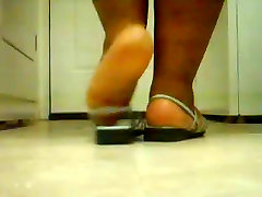 Thick Ebony sfat sex videos In Sandals