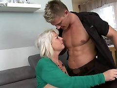 Chubby misar xxx movies full mother fucking and sucking