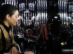 Der seachsidra nor Sarkophag - Locked up in Chastity