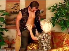 Hot Older Euro bokep masages In Heels Gets a Big One
