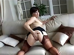 chinese milf pissing uk bit in stockings fucks herself