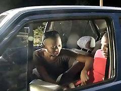 Kuum Kiilas Ebony Teen Seksi autos