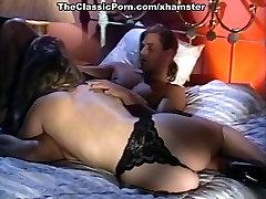Alexandra Quinn, Carolyn Monroe, Savannah in mother to 12 small son porn