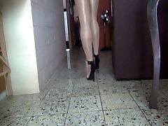 Feeling the heels 5 inch in busty indian7 in a shiny day Part 1