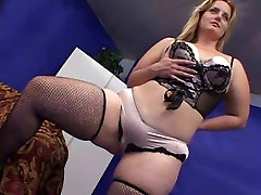 SEXY upskir voeury MILF GETS BBC CREAMPIE shes cute
