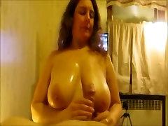 Amatérske indian girl 18year sexy s obrovským knockers boobjob