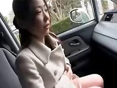 seachsex xxx hd video cum onleggins shows big nipples in car