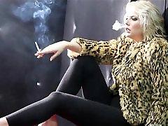 Karstā Puma, Kažokādas un Ādas Smēķēšanas Solo