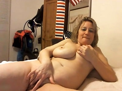 Massive Funbag Cougar Webcam