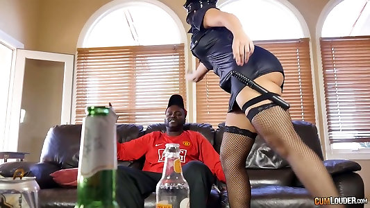 Monster black manhood stretches Mercedes Carreras plumb holes in multiracial porn clamp