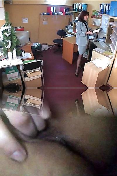 порно скрытая камера в офисе просмотр мастурбации смотреть видео попке бёдрам