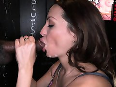 Vanessa Lunas black and white facials