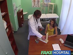 FakeHospital Doctors cock relieves stunning brunettes itchy pussy