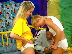Two blonde Teens and  a Boy - vintage  Teenager Video
