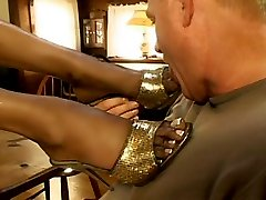 Old man worships ebony hotties feet sucking succulent toes and licking bare soles