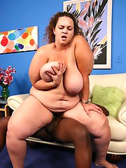 Eager BBW Mona Mounds gets it from black guy and enjoys taking heaps of black dick dipping