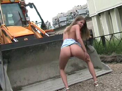 Teen shows her little ass to construction workers