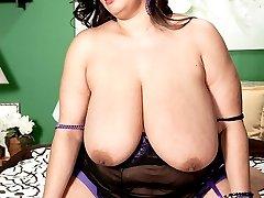 Huge Tits amp Raw Sex