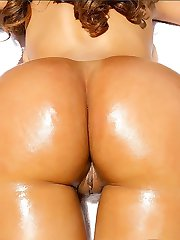 Hot round ass and round tits lacey gets penetrated by the pool in these hot bubble butt fuck pics