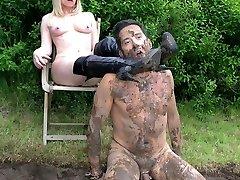 Dirty Mess Pit