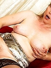 This hairy MILF loves to get herself wet and wild