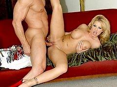 Brooke gets a hot ass pounding