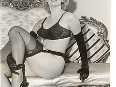 You'll like these hot retro pics with classy blonde