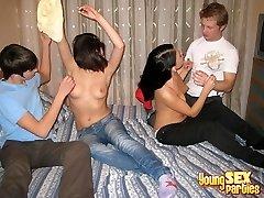Teen intercourse getting wild