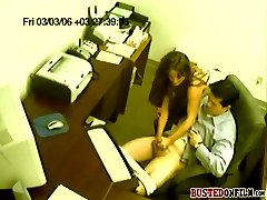 Chick caught on tape giving a kinky handjob