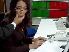 Undertekster - Sjefen knullet henne japansk sekretær Ibuki