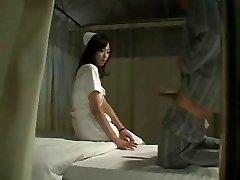 Hot Japansk Sjuksköterska Knullar Patient