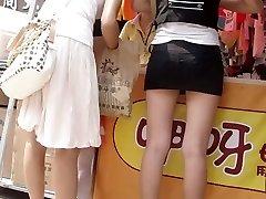 Japonés compra sus zapatos