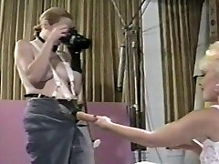 Tiffany & Susan - Vintage Lesbiennes Strapon
