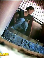 Chick with perfect ass pees in dirty public toilet