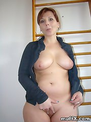 WOW! What great gallery of sexy MILF Marie J. and her marvelous big ass!