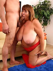 Naughty bbw Mercy takes cock stuffing in her pussy by humping on top of her partner