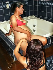 cunt stretching lesbian action