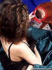 Adorable brunette�s morning finger fuck