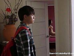 Persuade Hee - Mom's Friend