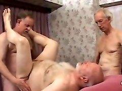 Mature daddy Threesome
